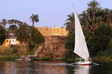 Cruise+on+Egyptian+Felucca
