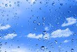 water+drops+against+summer+sky